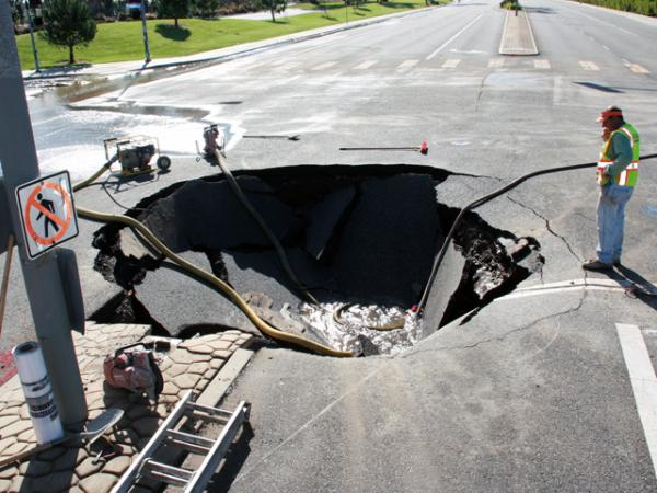 Sinkhole Opens Up In Hertfordshire Outskirts Causing Evacuations