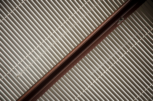 The Benefits Of Blinds Over Curtains