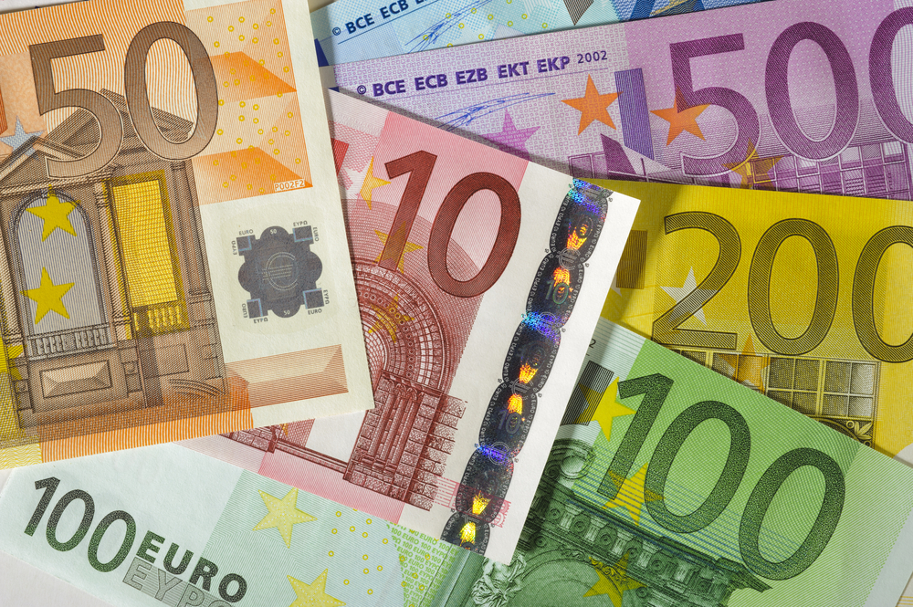 European Union Is Losing Euros – A Year To Defilement