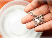 How To Clean Our Jewelry?