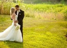 Choose Your Wedding Photographer With Lots Of Care