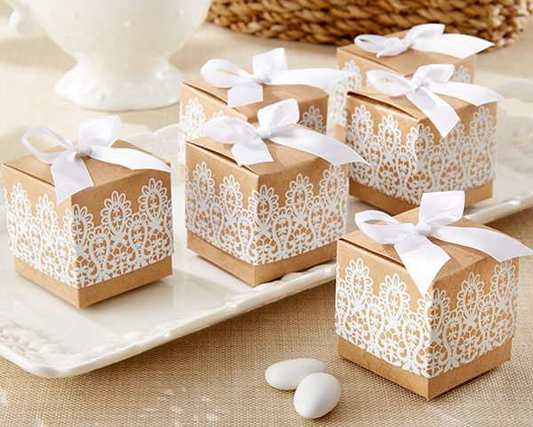 The Clear Advantages of DIY Wedding Favours