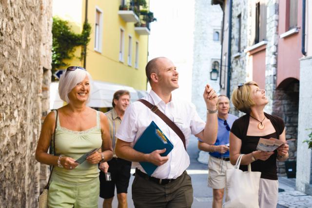 Tips For Older Travellers