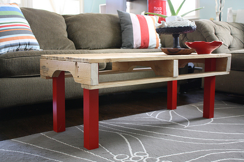 4 Ways To Use Wooden Pallets As Home Décor