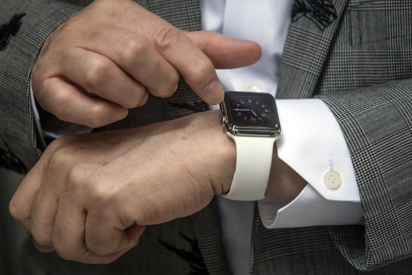 Why Smart Watches Failing To Lure Consumers