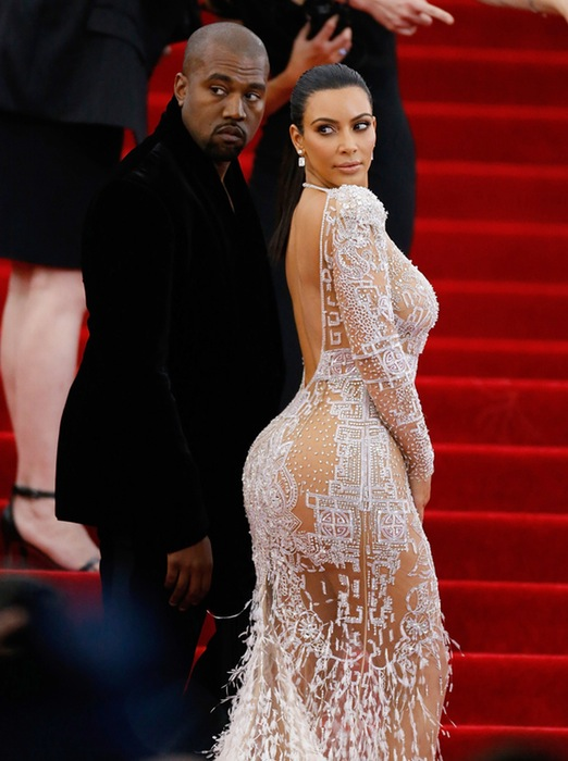 How Are Celebrities Influencing Teens – The Kardashian Bottom Is One Strong Reason