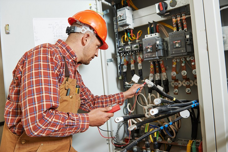 Benefits of Hiring An Experienced and Qualified Electricians