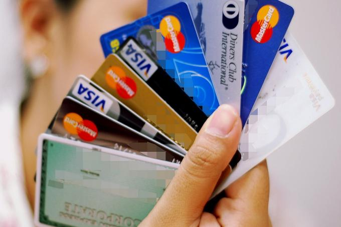 Danny Crenshaw – Top 4 Ways To Reduce Credit Cards Debts Within A Short Period